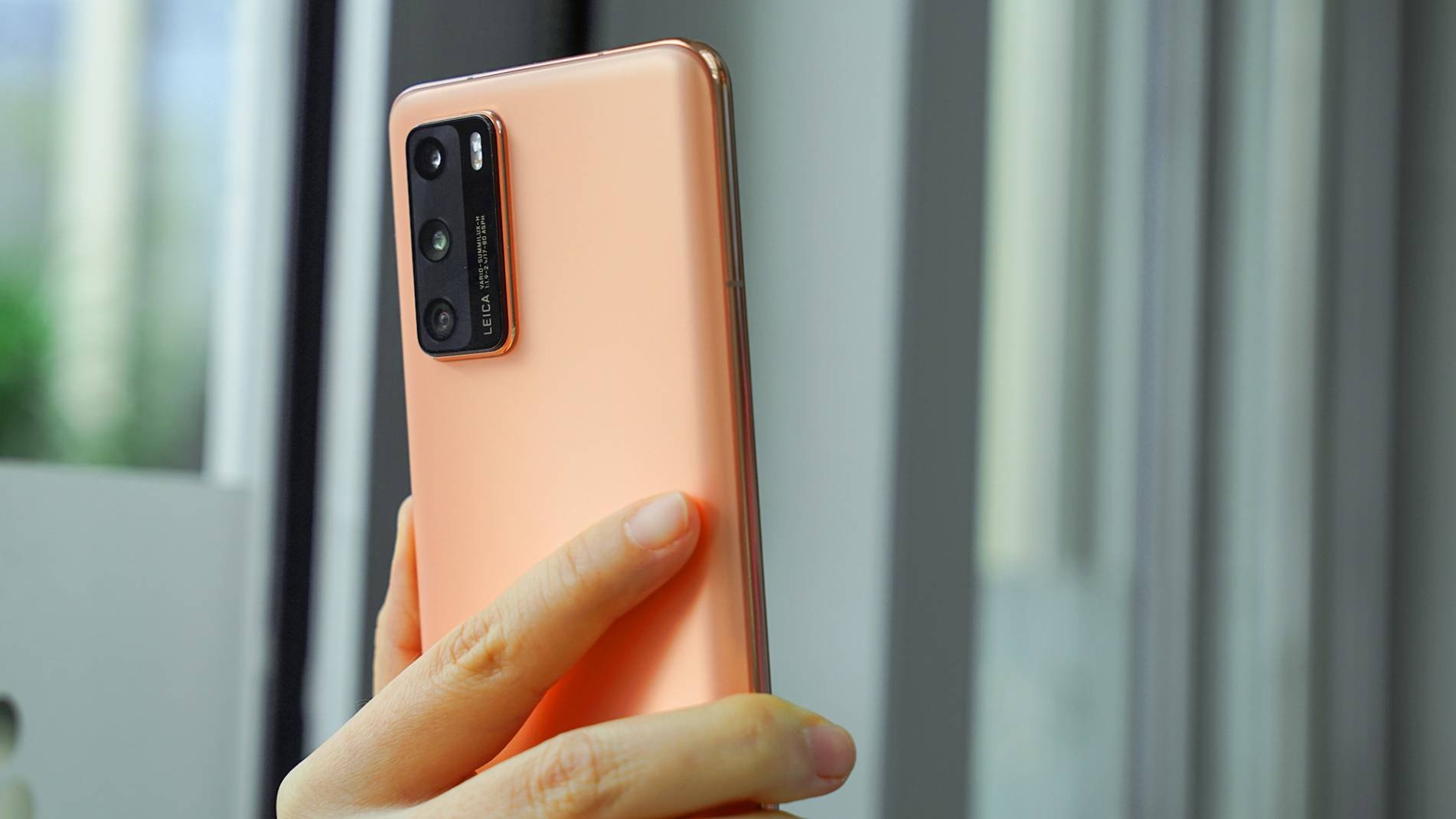 华为小屏手机推荐(5.5寸以下的全面屏手机)