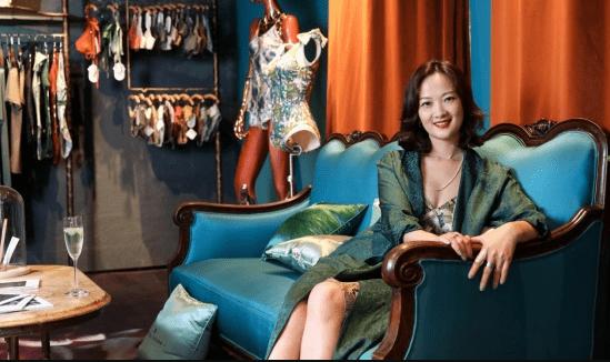 青色atelier intimo,一衣一带尽显优雅
