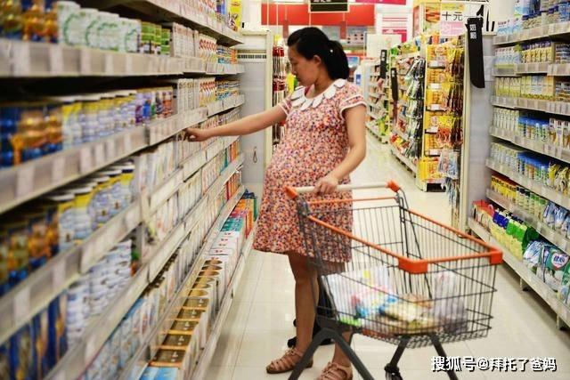 拿孩子出生证换奶粉?背后隐患问题妈妈很容易忽视