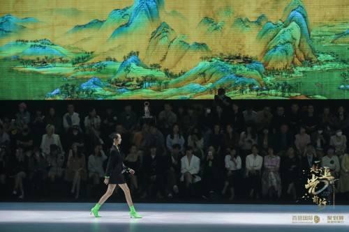 名流汇聚百丽国际时尚欢聚盛典见证8大品牌秋冬新品发布