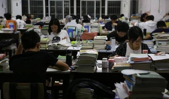 21考研人数再创新高,新东方在线建议22考研党提早安排英语复习