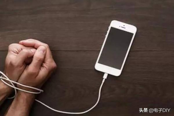 怎样戒掉手机(叛逆期孩子手机瘾怎么戒)