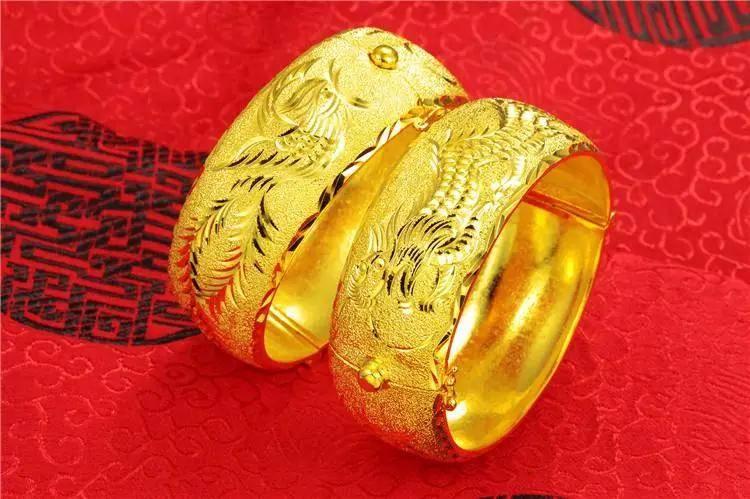 送给新娘的金戒指、金耳环、金项链、金手镯都有什么寓意,怎么选择合适?