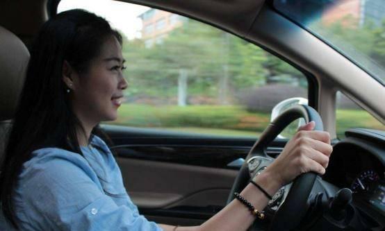 不考驾照的年轻人多吗(为什么有些人放弃考驾照)插图(2)