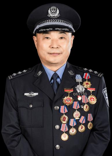 追求卓越的最美警察 ——記內蒙古阿榮旗公安局黨委委員、副局長劉萬軍