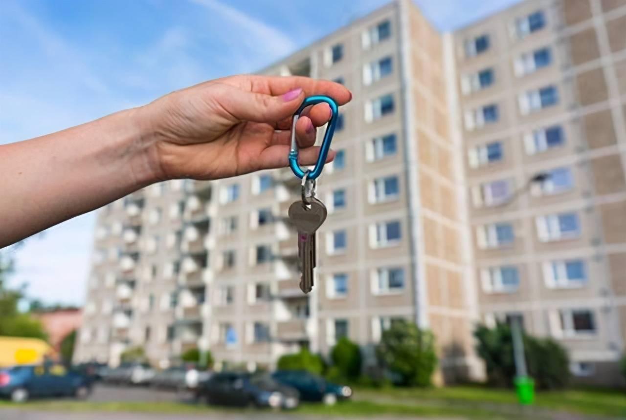 在房地产市场发展旺盛的这几十年中,买房问题一直困扰着国人插图