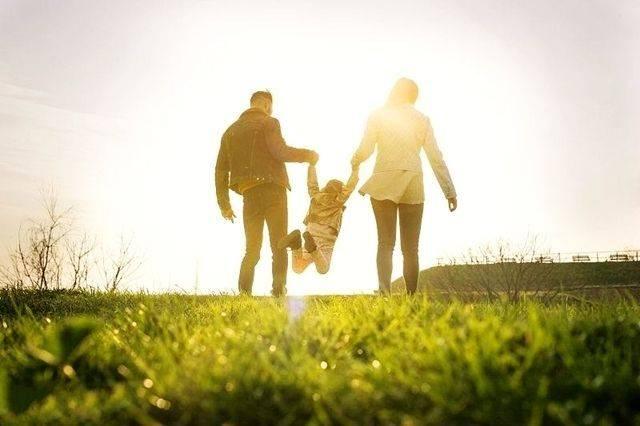 父母给孩子最好的礼物,不是昂贵的玩具,而是陪伴