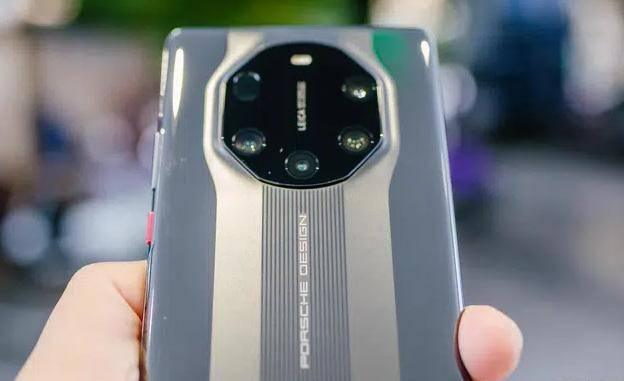 发布不到三个月涨价3400元,12GB+512GB,华为顶尖5G旗舰一机难求