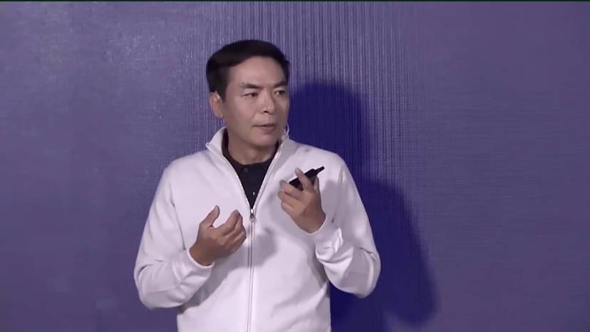 张小龙:每天有10.9亿用户打开微信,有7.8亿用户进入朋友圈