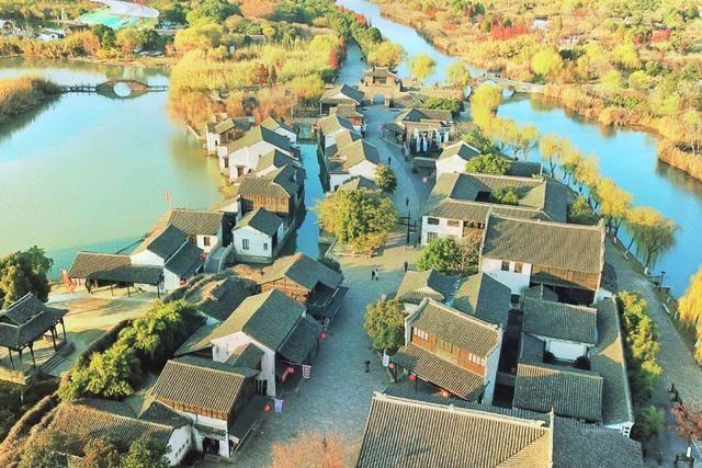 """江苏又一大型公园火了,千亩芦苇成""""水上迷宫"""",距苏州仅1h车程"""