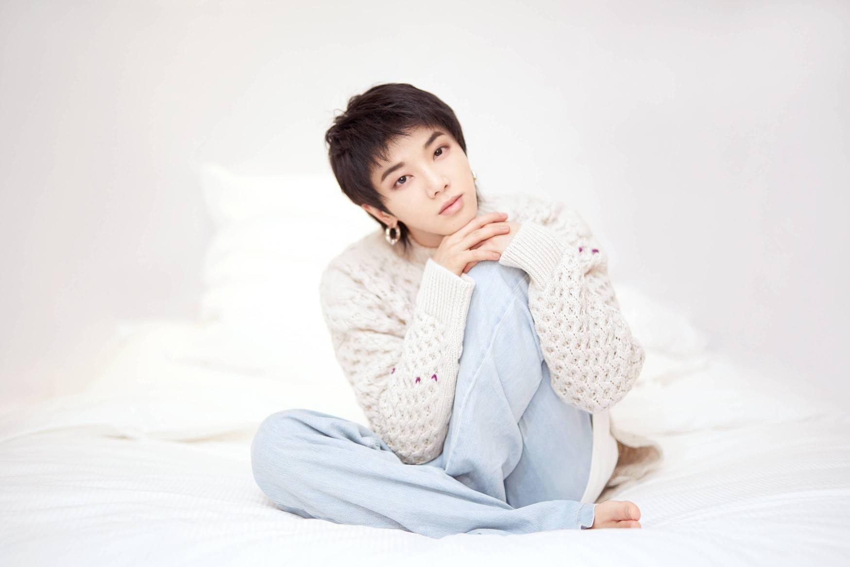 华晨宇承认与张碧晨孕育一子!女方在男方不知情时独自孕育生子