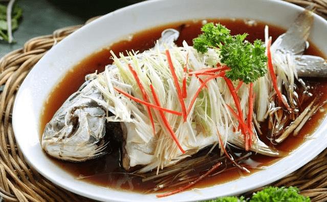 鱼的身上的3个部位毒素最大,吃一口相当于10万病菌入侵,赶紧扔掉