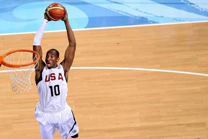 原创            NBA之外的科比:2008复兴梦之队 拍电影夺下小金人