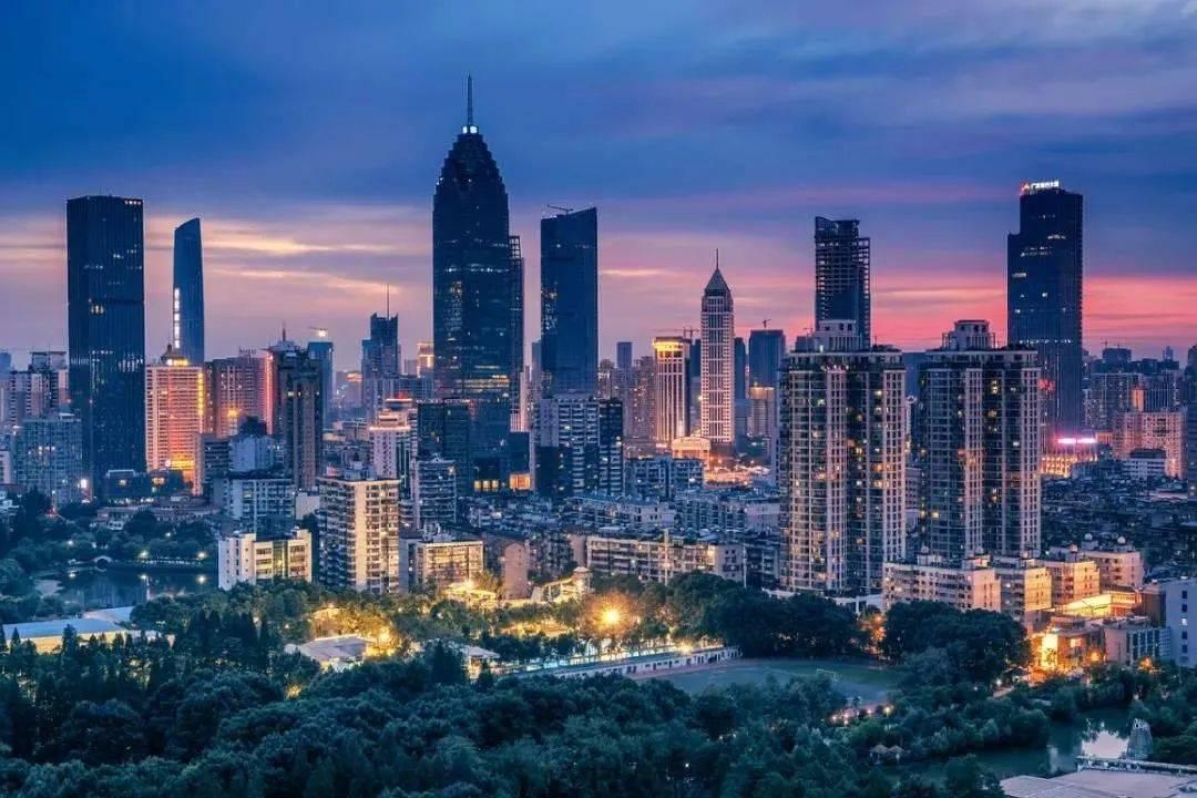 广州gdp排名2021_广州各区gdp2021图