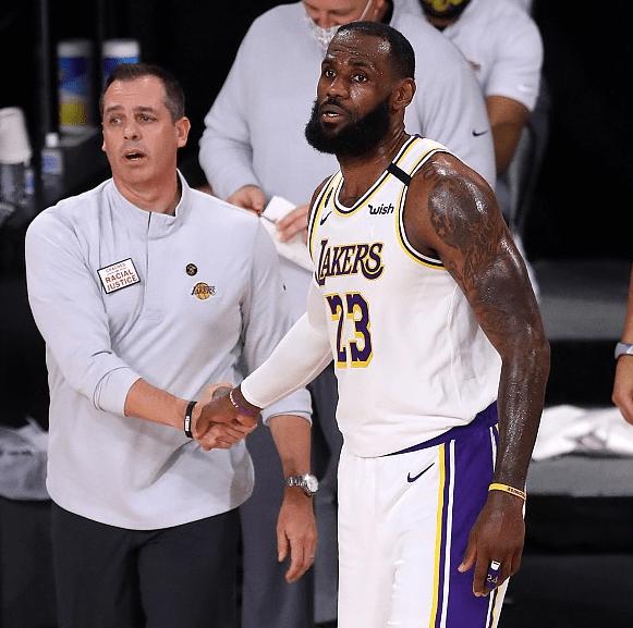 湖人迎来了跟凯尔特人的对决,NBA经典黄绿大战再度表演