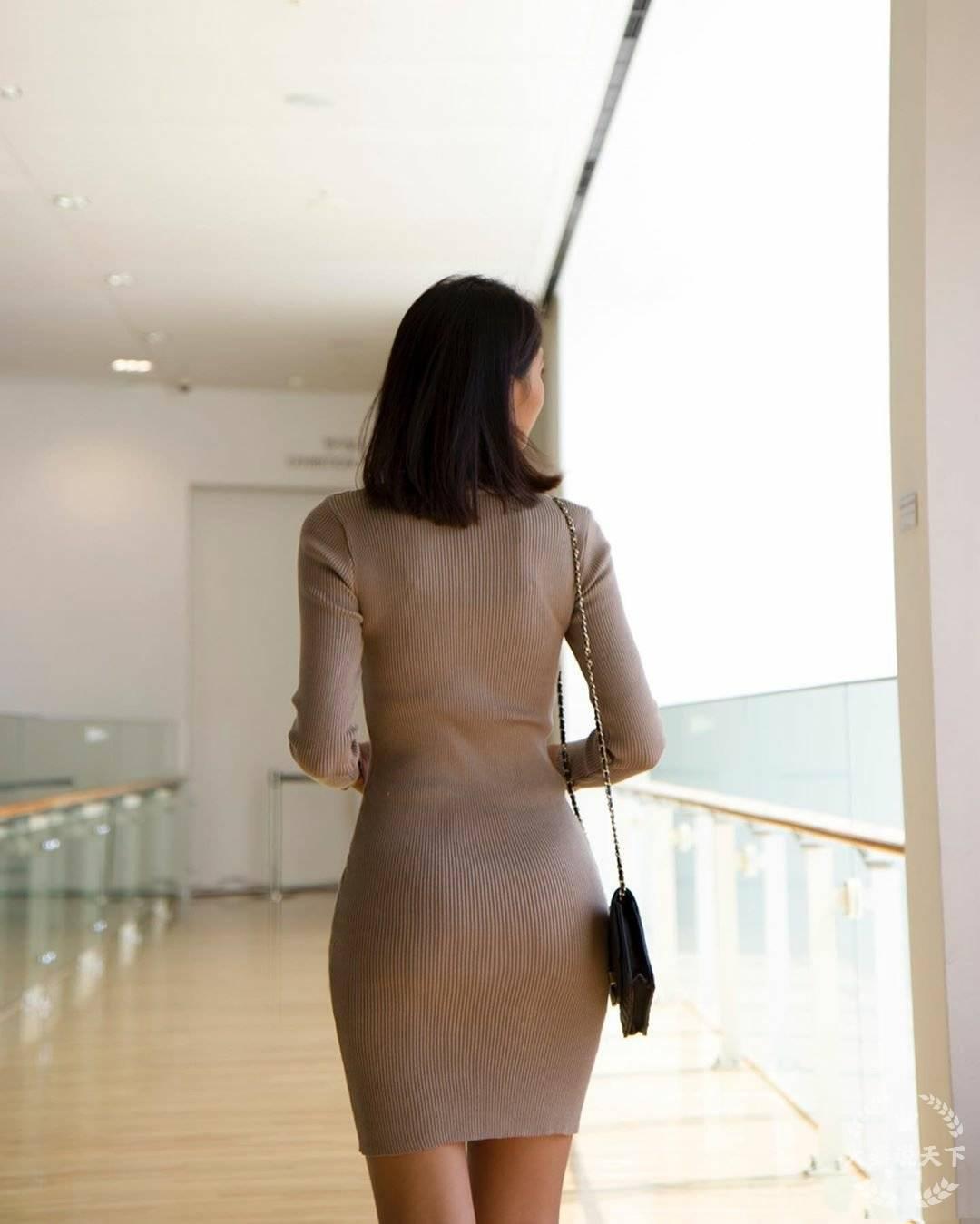 车模包臀裙呈现曼妙身材 (图9)