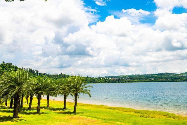 """德国玛珥湖的""""姐妹湖"""",景点超密集的宝藏景区!你来打卡了吗?"""