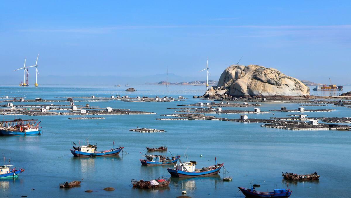福建受欢迎的一座岛屿,是莆田市第一大岛,是海上交通要冲