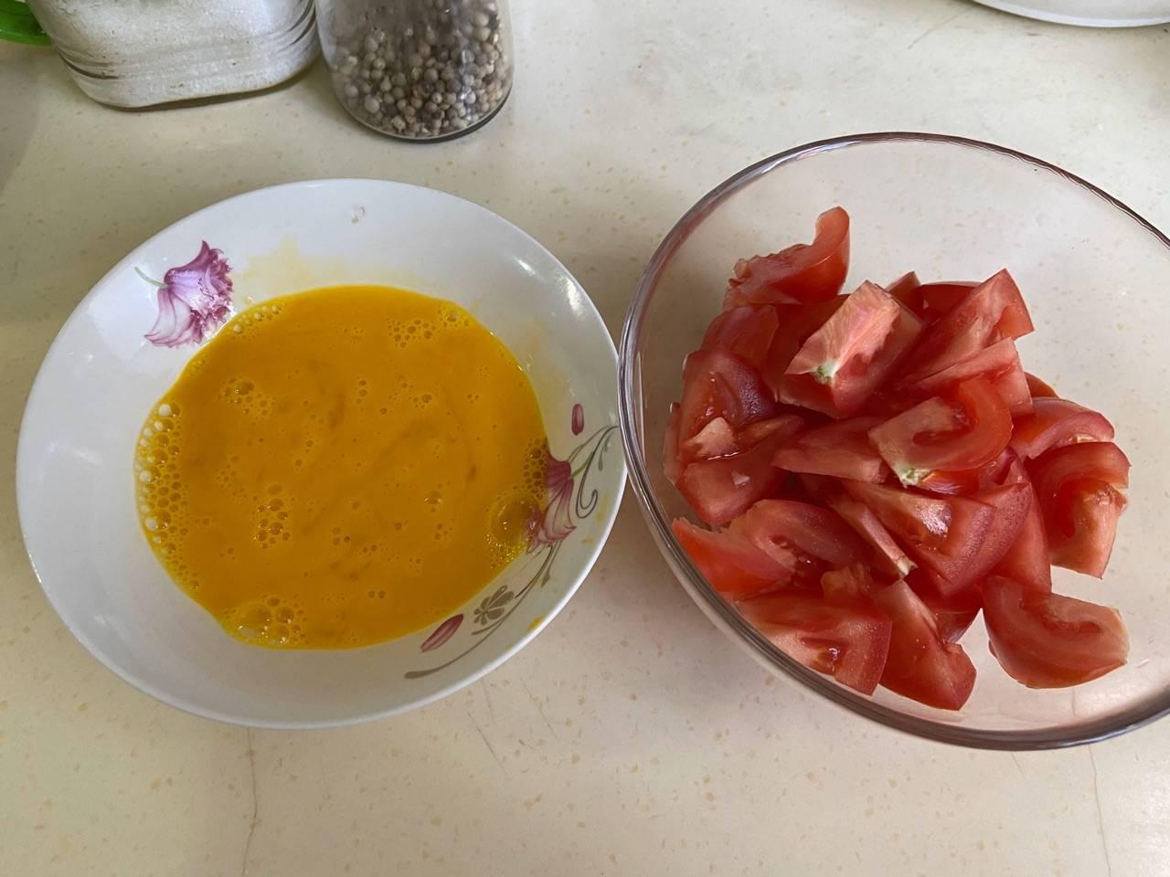 【西红柿炒鸡蛋】的做法+配方,这个汤汁汁拌饭,大人小孩都爱吃
