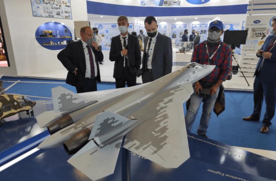 俄罗斯也想宰一刀:大张旗鼓参加阿布扎比防务展,却没带去苏-57