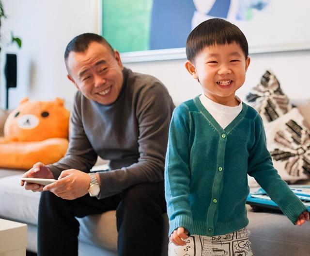 父母这5个特征会遗传给孩子,你家娃像妈妈多,还是像爸爸多?