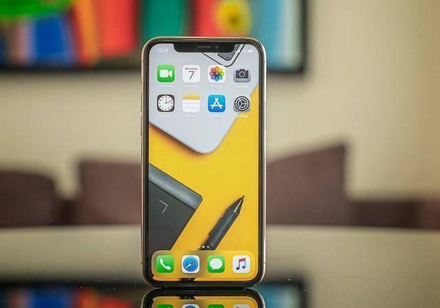 发布至今下跌2700元,库克终于妥协,旧款iPhone无奈一降再降
