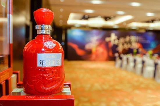 原酒公司的技术含量在哪里:古井宫申请了996项专利,包括茶杯托和喷壶;主席发明了扑克牌