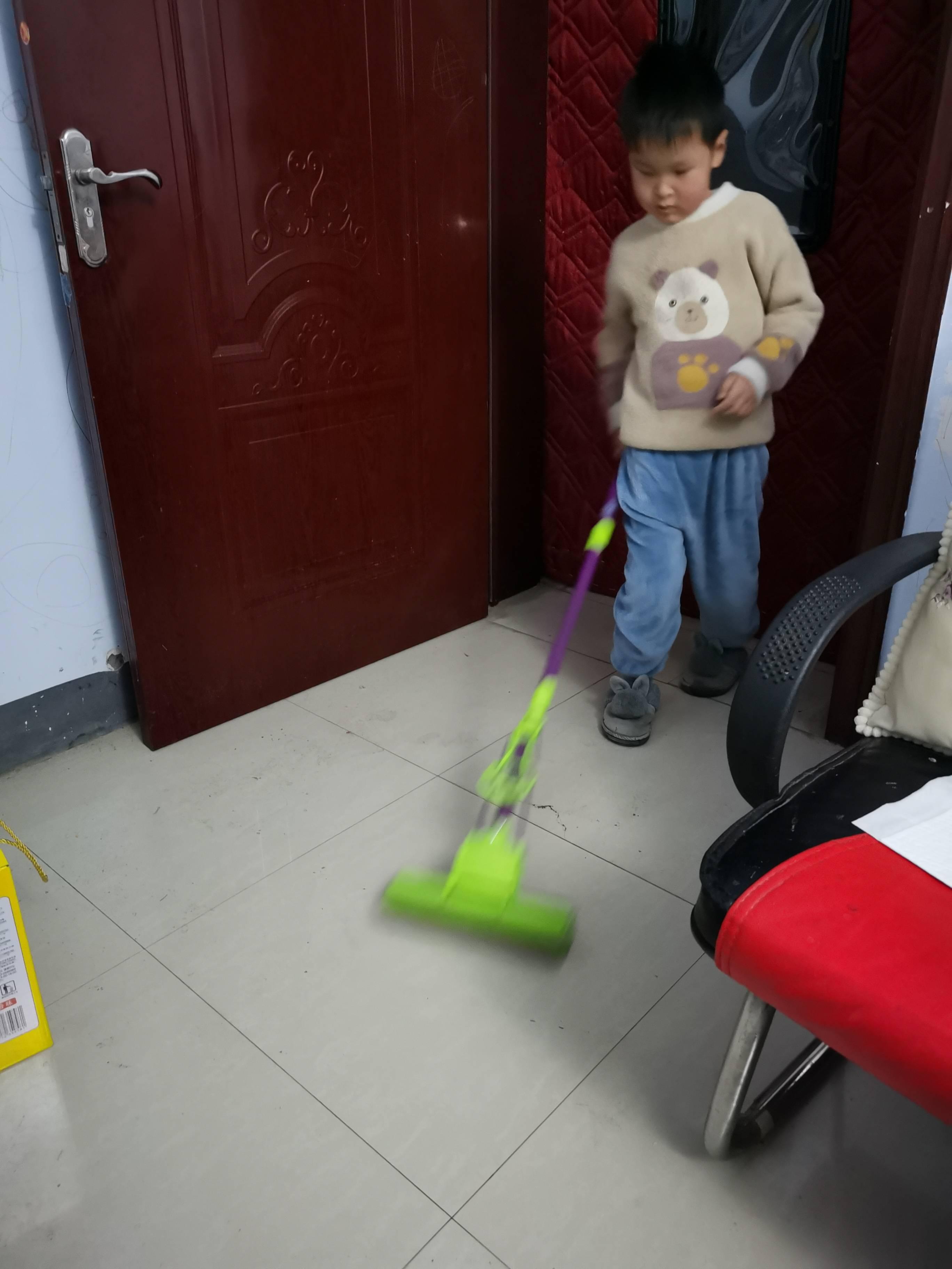 我会做,我能行——大一班假期幼儿做家务体验活动