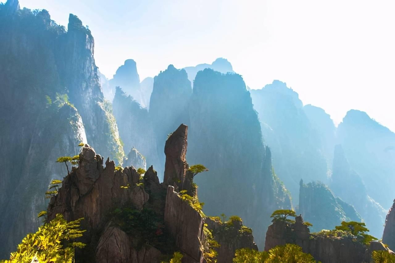 """原创             黄山有个""""魔鬼世界"""",壮美奇境集于一处,看了想再去一趟黄山!"""