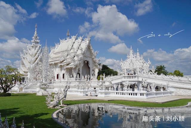 """泰国北部""""最矛盾""""的寺庙,远看是天堂,近看是地狱,游客特别多"""