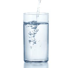 心理测试:在沙漠渴了一天,会喝哪杯水?测你这辈子靠什么吃饭?