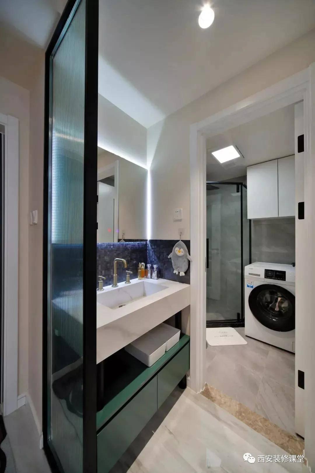 60㎡公寓一个人住,打掉卧室做玻璃房