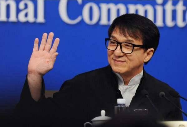 成龙回忆吴孟达:爱国主义铭刻在每个中国人的骨子里