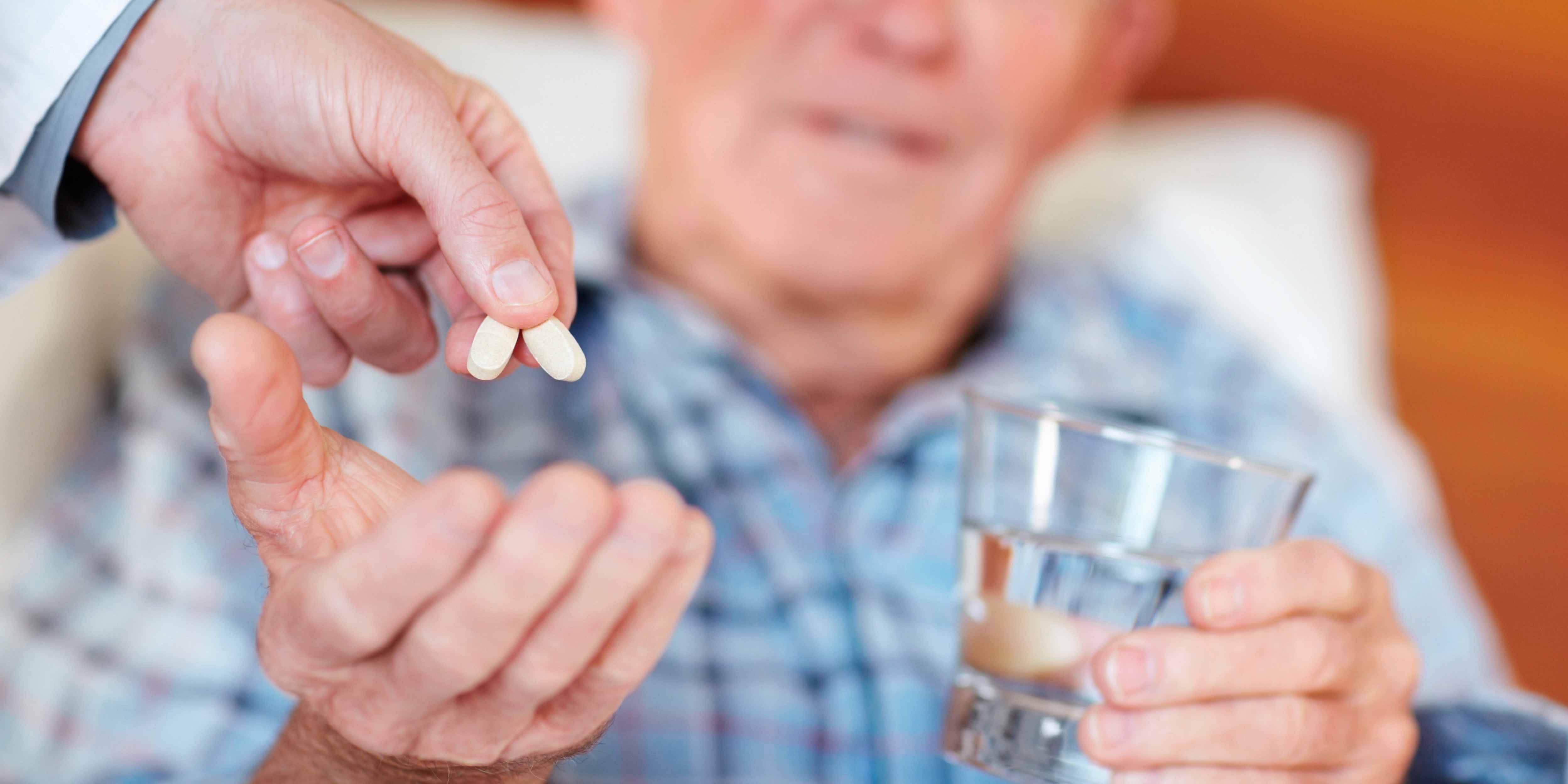 """寿命长的老人,都会有3个""""共性"""",若你都没有,改正一下习惯"""