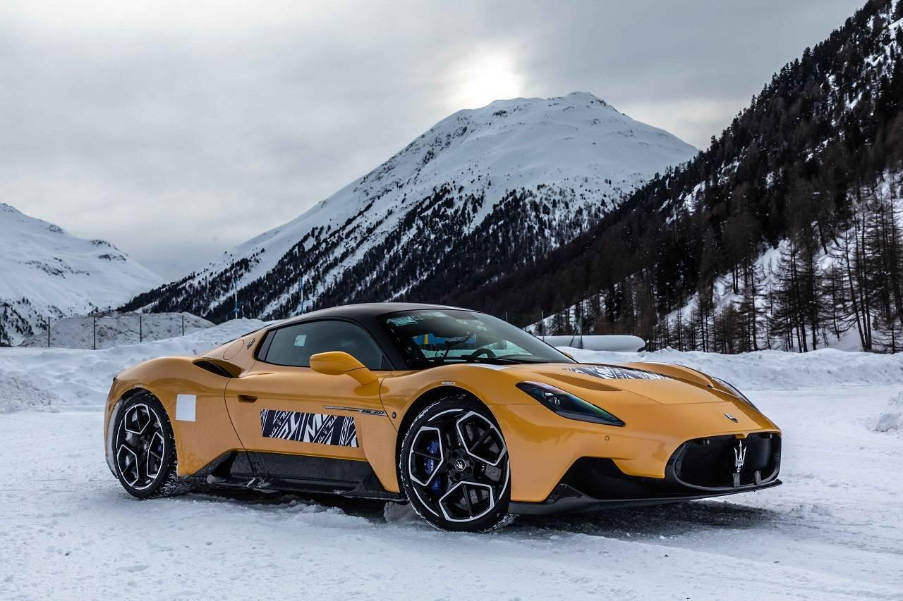宇塵說車│瑪莎拉蒂超跑MC20在冰雪過道測試