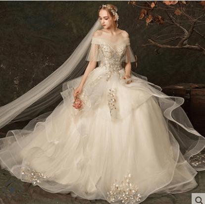 心理测试:第一眼选一款婚纱,测你在男人心中的价值