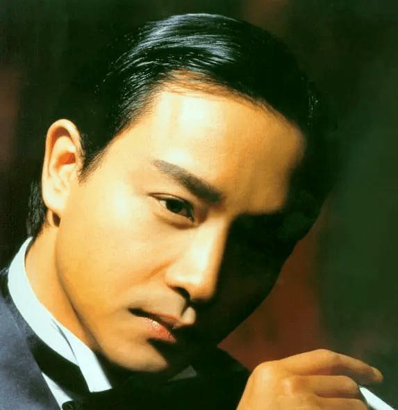 张国荣最经典的电影,《霸王别姬》未被超越,《异度空间》最像他