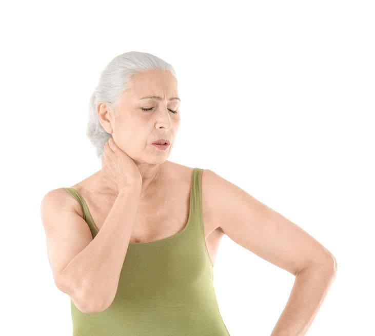 """女性年龄越大,为何骨骼越""""脆""""?记住做好4点,强身健骨还延寿"""