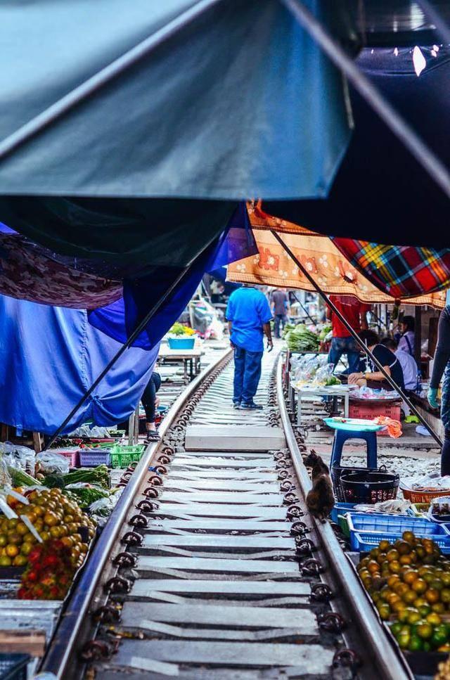 泰国美公铁路集市,曾经的初代网红景点