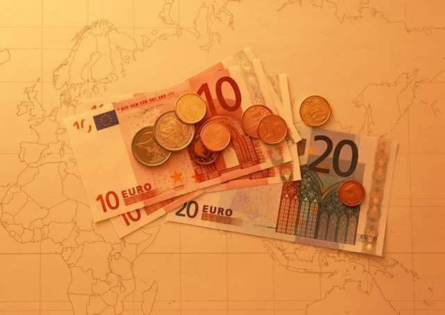 明天开始,财运一飞冲天,注定收入倍增的3生肖  第3张