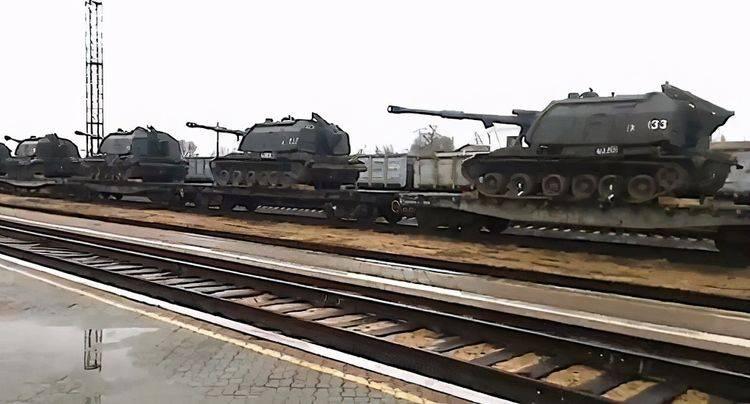 """俄乌局势一触即发,俄军表示不会再有""""士兵迷路"""",大军随时出动"""