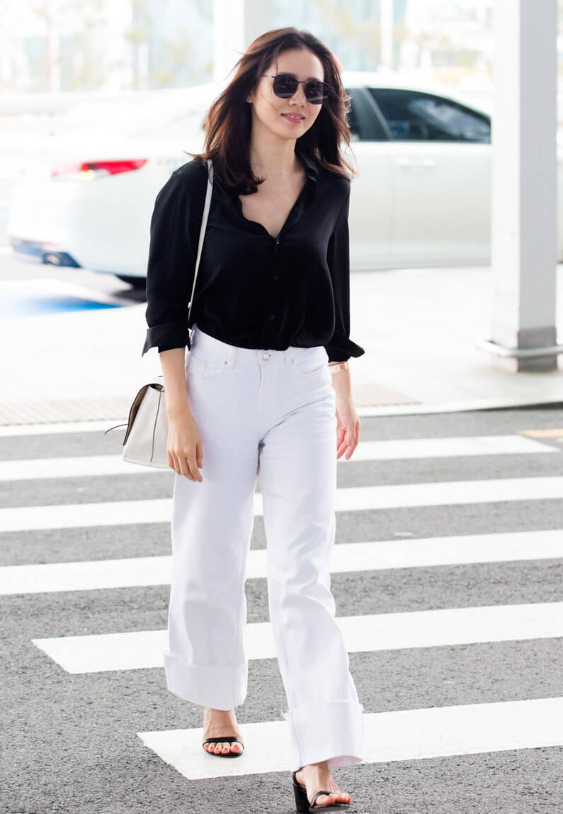 原创             黑色衬衫搭配什么裤子美?配黑裤子显瘦大气,搭牛仔裤时髦有型