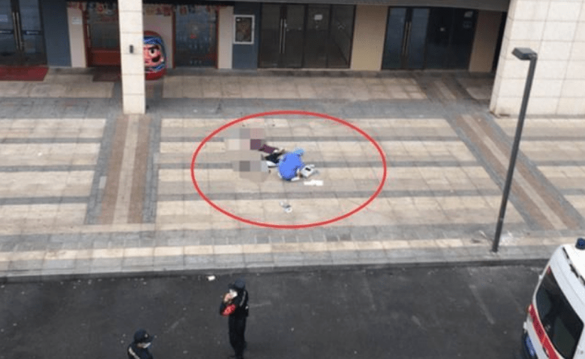 四川达州3名小学女生相约34层跳楼、妈妈蹲在地上哭的撕心裂肺