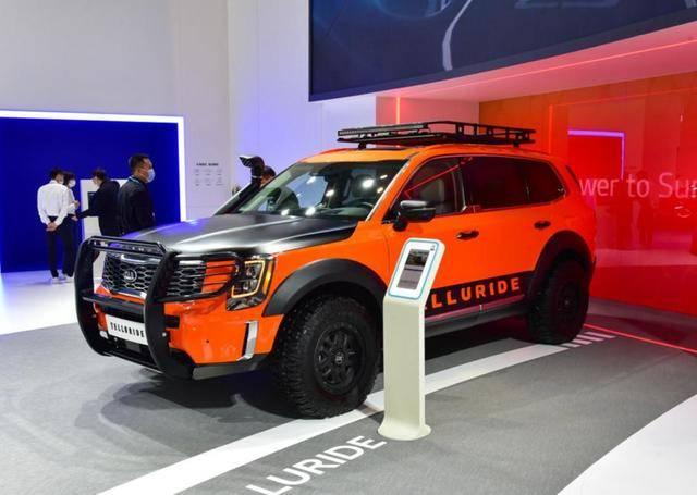 7座SUV很小众,但由于内卷,起亚也将推出能越野的四驱SUV