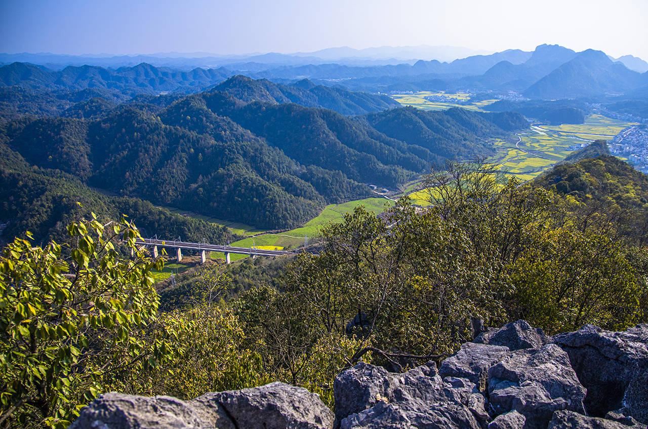 原创             婺源最大的天然地质公园,还是免费宝藏赏花地,就是翀山还不快来