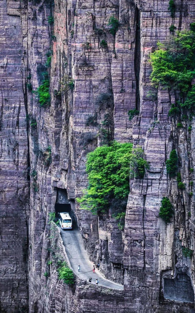 1700米悬崖上的田园村庄,这个叫郭亮的地方风景绝美!