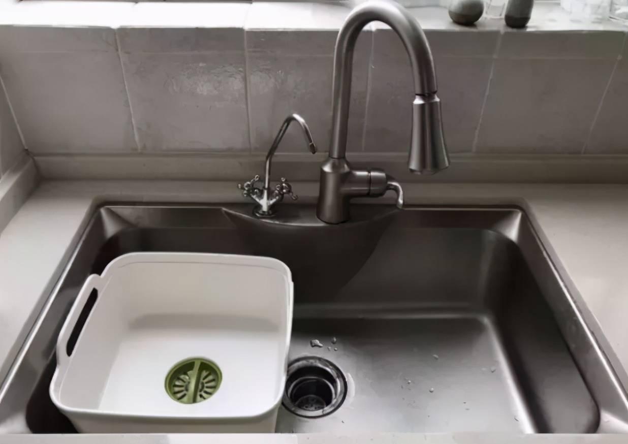 厨房水槽选得好,装修就成功了一半,老板说了4点,选大就不选小