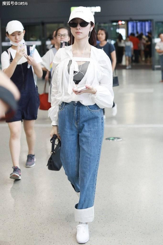 原创             适合春天穿搭的牛仔裤,清爽时髦,不仅显瘦还能提升气质
