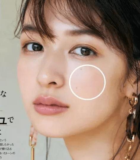 石原里美登上《BAILA》杂志封面,这温柔系妆容爱了!