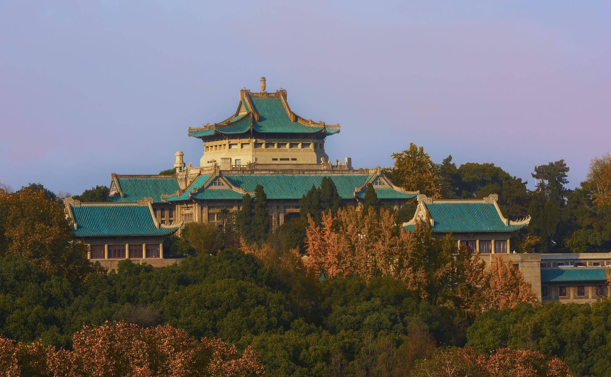 湖北省高校排名出炉,划分为四个档次,双子星并列第一档